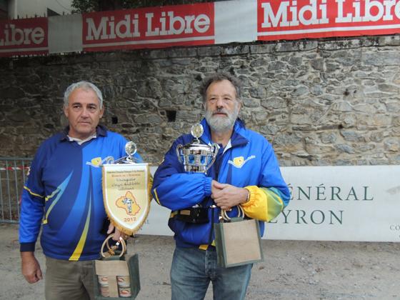 Les vainqueurs: Jacques JUSTO / Jacques SERVIERES ( Pétanque Villefranchoise)