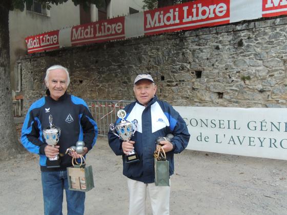 Les finalistes: REY Gilbert / TRINQUART Raymond (Pétanque Primauboise)