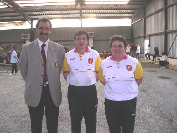 Le Président Michel Gantou avec Thierry Férés et Nathalie Bujna à Graulhet