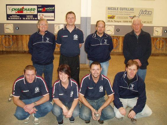 L'équipe de Sébazac PC avec le Président Pierre Arnal