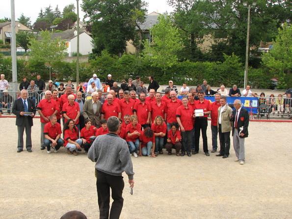 Les bénévoles du club de la Pétanque Primauboise