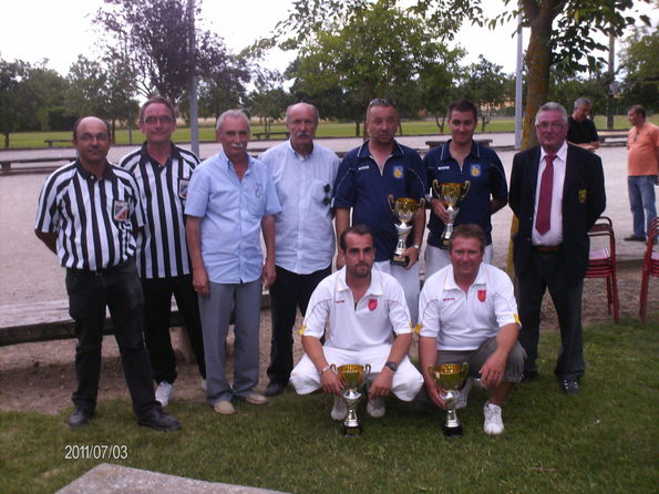 Champions et Vices champions 2011