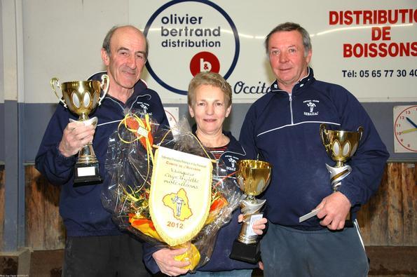 Vainqueurs 2012:  Bernard DURAND,Yvette ZULLO et Michel GOUTES (Sébazac PC)