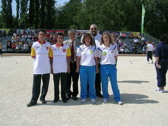 De g à d : Marielle Julien, Nelly Carcelés, José Duarte, Marie-Christine Virebayre, Ludivine D'Isodoro et le délégué Ligue Auvergne