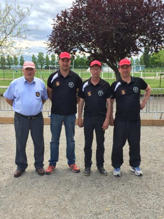 Nos Vice-champions de ligue avec Jacques Edouard (délégué)